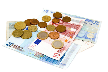 Des billets et pièces en euro